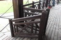 Фрагмент деревянной лестницы цвет венге.